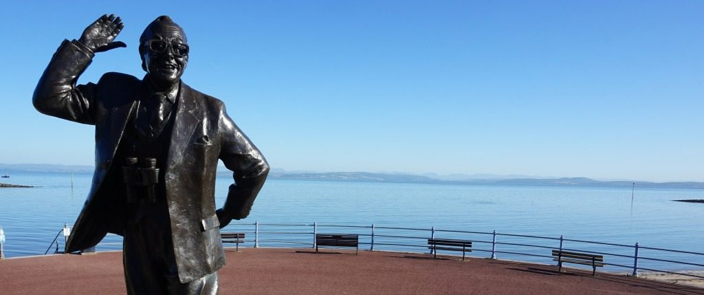 Sandown Holiday Flats- Morecambe- Eric Morecambe Statue